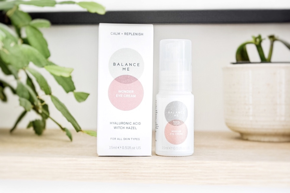 Balance Me Wonder Eye Cream review - a 100% natural eye cream for a firming, soothing and cooling effect, with hyaluronic acid & witch hazel for all skin types