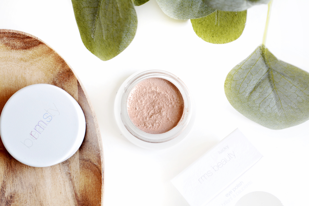 Review of RMS Beauty Cream Eye Polish in the shade Lucky - a copper coloured natural and organic cream eyeshadow with a peach undertone.