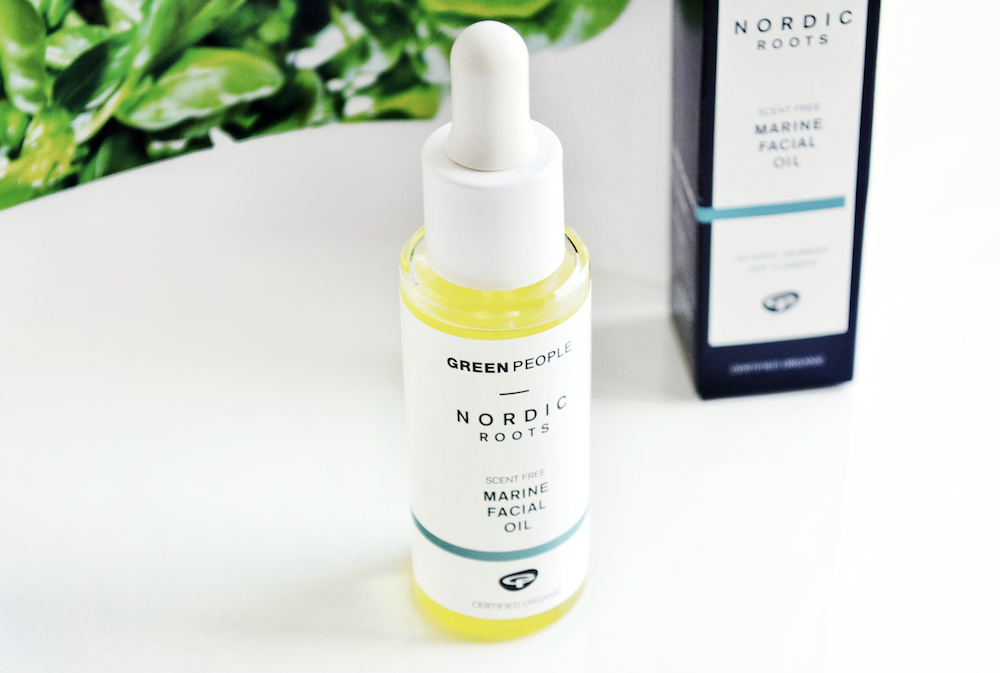 Review of Green People Nordic Roots Marine Facial Oil - Scandinavian inspired organic unscented skincare to boost collagen for glowing skin.